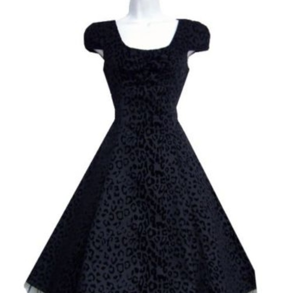 a3c6cc1ac4a2 Black Velvet Leopard Print Vintage style Dress. NWT. Hearts and Roses of  London